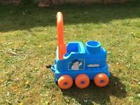 Little train/walker