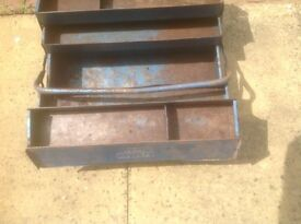 Cantilever tool box,early draper made inWest Germany .Very strong