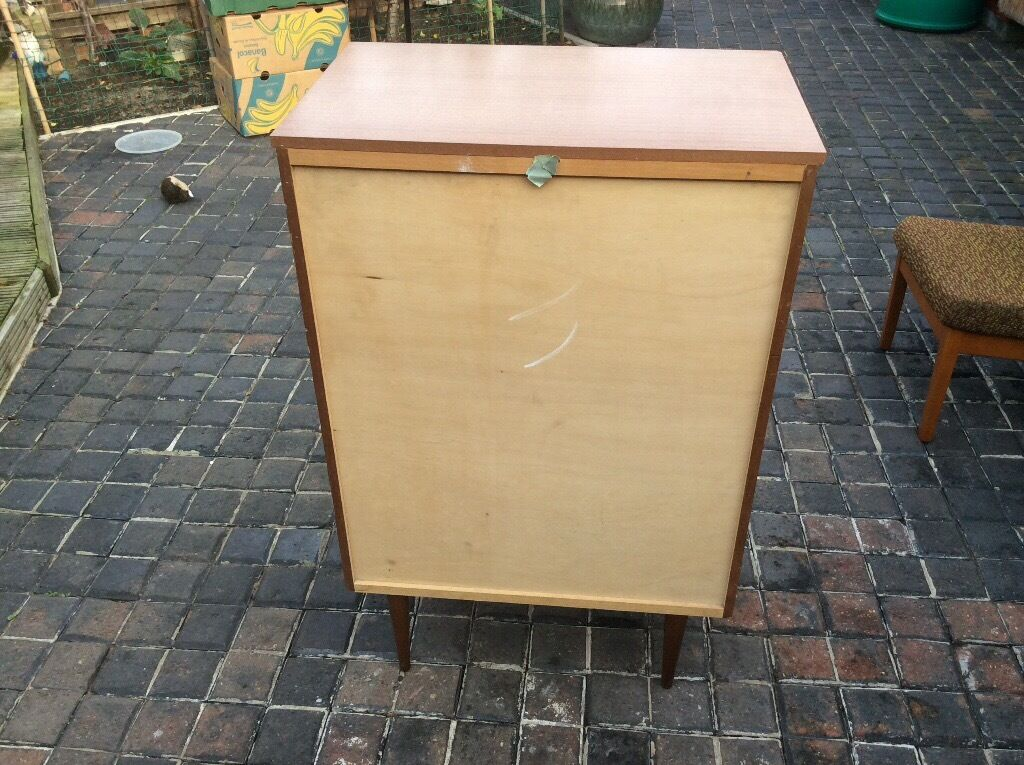 free chest of drawsin Great Yarmouth, NorfolkGumtree - FREE FREE FREE CHEST OF DRAWS TAKE A LOOK AT MY OTHER ITEMS SOME FOR FREE