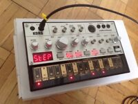 Korg Volca Bass, analogue synth and sequencer, boxed with sync cable