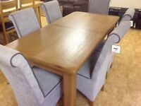 6 FT SOLID OAK EXTENDING TABLE AND 6 CHAIRS