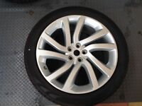 """Land Rover discovery mark 5 wheel and tyre size 285/40R/22"""""""