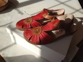 Ladies sandals in red and tan leather with closed toe UK size 3/EU36