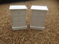 Bedside cabinets and chest of drawers