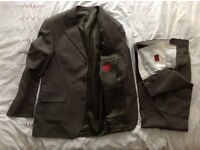 Men's Burton 2 Piece Greeny/Greyish Suit, Trousers 34R Jacket 40R