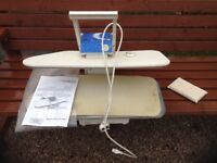 Small bench steam iron