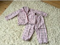 Pink winter pjs 2-3 years v good condition