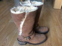 Caterpillar Boots, Size 4/EU37. Tan colour, calf high, fur lined. Hardly worn.