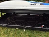 Thule 100 evolution roof box with quick fittings