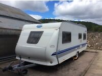 HOBBY PRESTIGE 560UF SINGLE AXLE FIXED BED . VIEWING ST ANDREWS SOLD FULLY EQUPPED INCLUDING AWNING