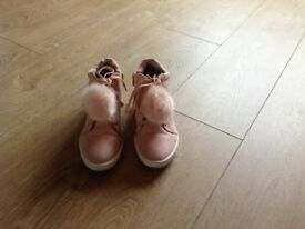 Girls size 2 pink ankle boots