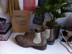 Leather Chelsea Boots Size 40 / UK7