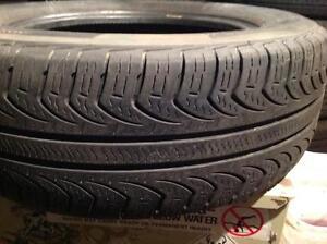 1 pneus d'été 215/65 r16 Pirelli p4.  80$