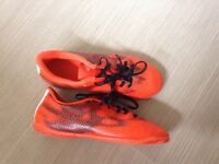 Football trainers uk size 4