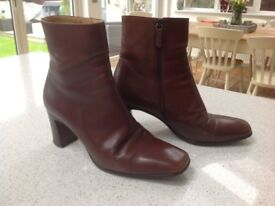 Russell & Bromley Leather Boots Size 5.5