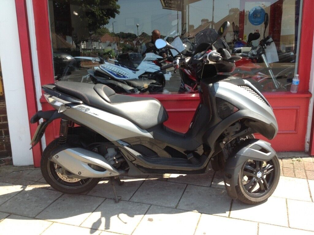 2014 Piaggio 300cc Yourban Can Ridden With Full Car Licence Perfect