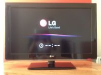 LG 37 inch HD Slim TV with Built in Freeview, USB good condition