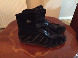 Ecco black boots