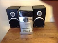 Phillips stereo, CD player radio and older style iPod dock