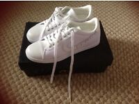 Men's/youths size 6 cruyff trainers still in box