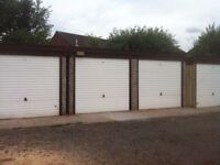 Lock up Garage to Let in West Bromwich
