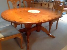 Dining table 118cm wide 159cm long plus leaf giving extra 40cm