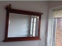 Mirror (ducal design)