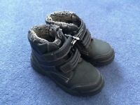 New boys winter boots black lined George size infant 10