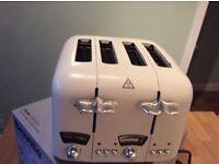 Four slice toaster cream delonghi