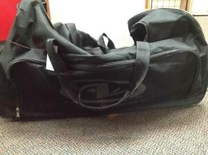 Athletic Works Medium Duffle (sku: Z13559)