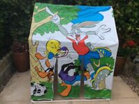 Baby Looney thick plastic tent ( rare ) can be use indoors and indoors