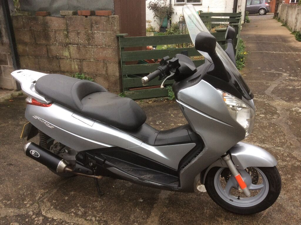 2009 honda fes 125 s wing free cbt worth with mts rider training in paignton devon. Black Bedroom Furniture Sets. Home Design Ideas