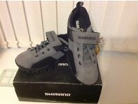 Brand new Shimano cycling shoes size 7.5