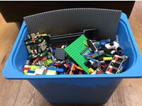Lego : 1000+ various pieces in very good condition ! bargain : ideal for 5 - 13yr old!