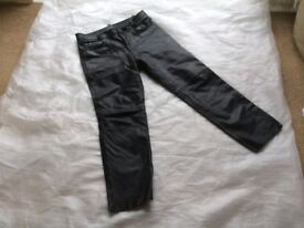 5 pocket leather jeans
