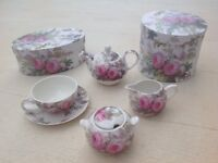 As new China teaset for one person. Boxed, perfect condition