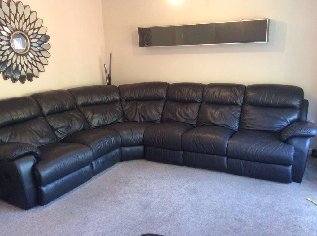 Black Leather 6 Seater Corner Sofa In Castleford West