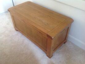 Oak Furniture Trunk / Storage Unit / Storage Chest - As New