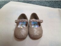 Beautiful Sparkly Shoes Size 5