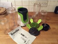 Breville Blender & 4 Containers!
