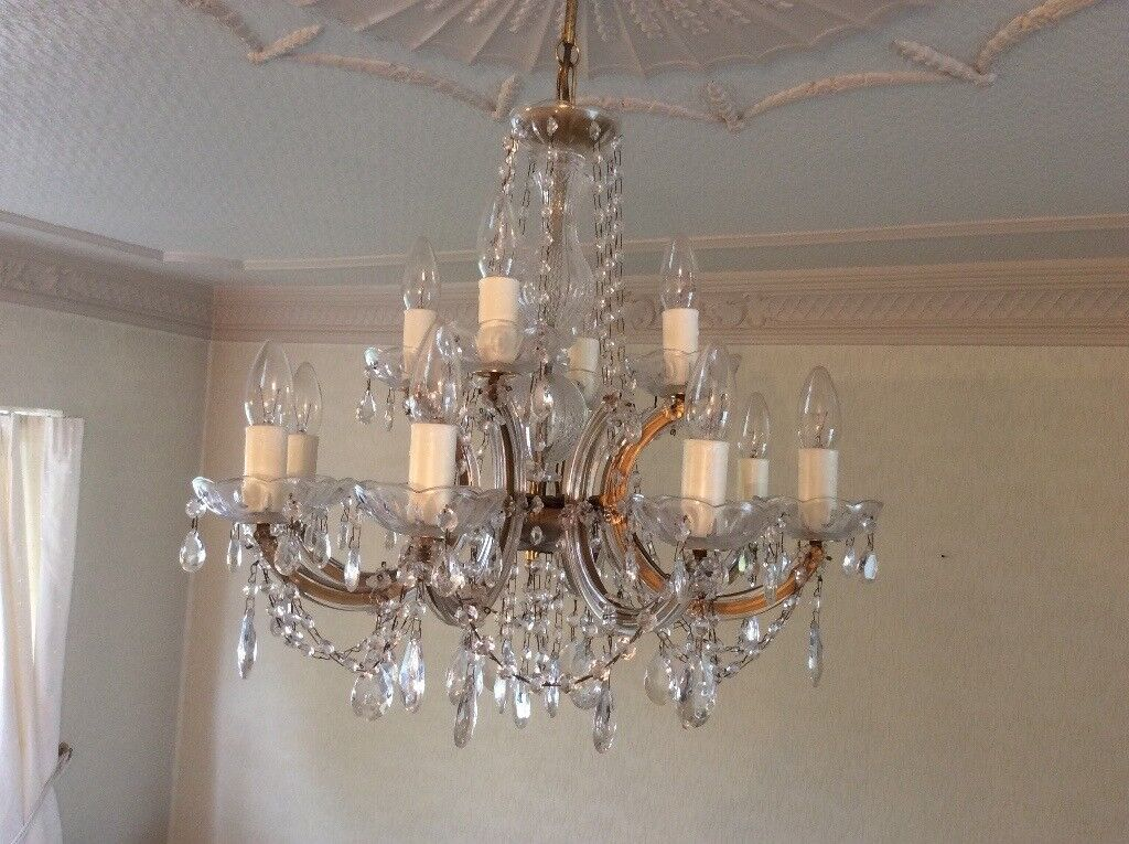 Pair of Beautiful Stylish 12 Light Chandeliers