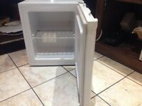 Like New Undercounter Chest Freezer, Used for 1 week only.