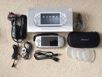 PSP Slim&Lite 2003 - including games and films
