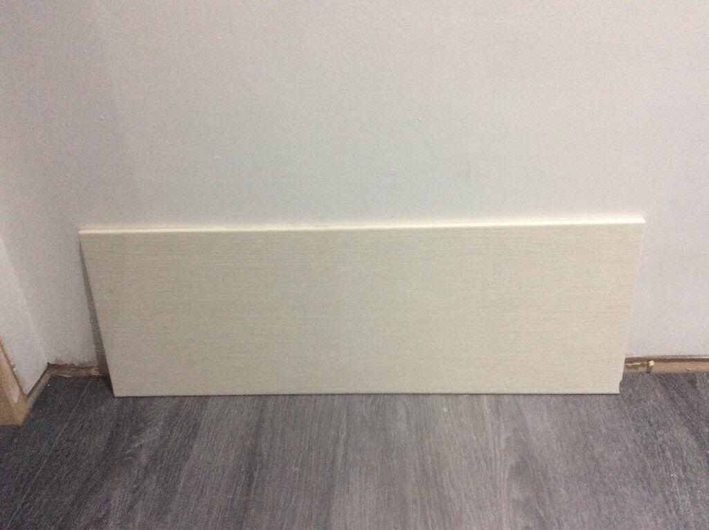 49 Wall Tiles 8.5 m2 Tile Size 250mm x 700mm Modern Tile Cream Colour.