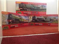 Hornby Railroad 00 Guage train set x 3