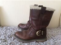 Ladies Timberland Nellie Boot, Size 4