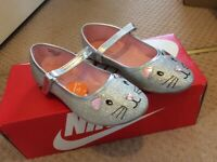 Girls shoes - Size UK 1 - Brand new