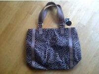 BRAND NEW WITH TAGS Faux Leopard Skin Print Leather Shoulder Bag (Handbag)