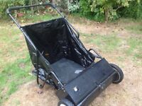 Leaf Sweeper. Garden leaf clearer. 28inch sweep, folding handle for storage. Excellent condition