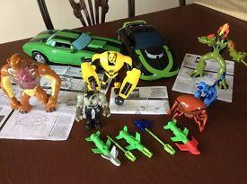 Ben 10 Cars & Figures